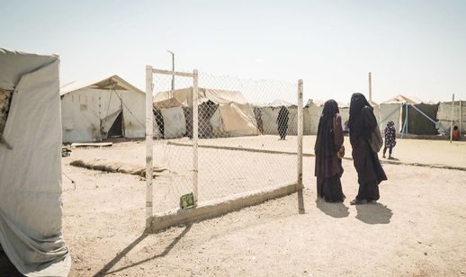 Two Finnish women pictured last year at the al-Hol detention camp, where thousands of foreign women and children are being held, most of them relatives of Isis fighters.