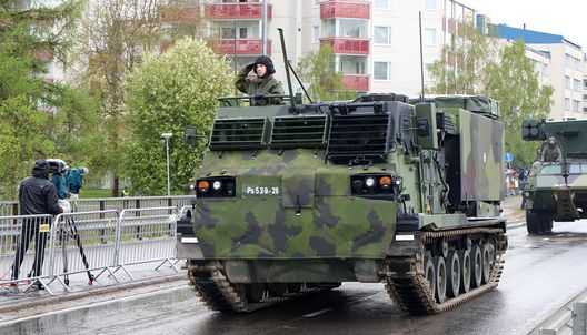 A rocket launcher during the Finnish Defence Forces' Flag Day parade in Rovaniemi