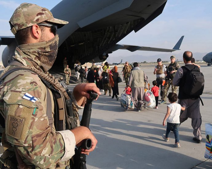 Finnish troops participating in the refugee evacuation operation in Kabul